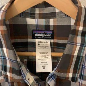 Patagonia Men's Long Sleeve Pima Cotton Shirt (XL)